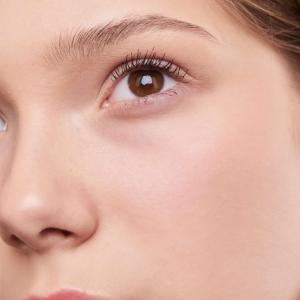 【2021最新】40代 ツヤ肌 ファンデーション 40代シミに効く化粧品