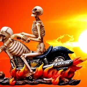 リターンライダー「バイクに乗るのが怖い」それでも乗りたいと思うのはクレイジー?