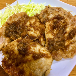 10/01 ~たっぷり玉ねぎの生姜焼き~