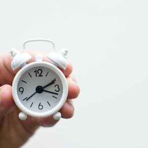 秒針の音がしない時計〜どんな部屋にでも合う無印良品らしいシンプルなデザイン