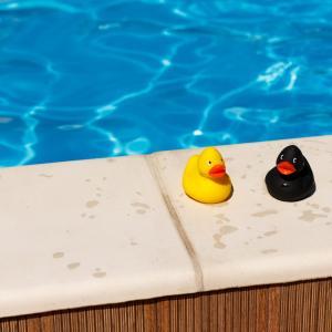 おうちで水遊び~「スイカ柄ビニールプール」