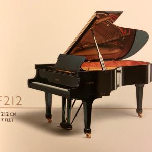 ファツィオリのピアノ弾きました!