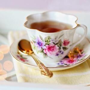 ステイホーム新年の華やかなお茶