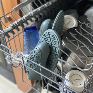 【IKEA】シリコン素材の鍋つかみ。食洗機対応でお手入れ楽々【SANDVIVA】