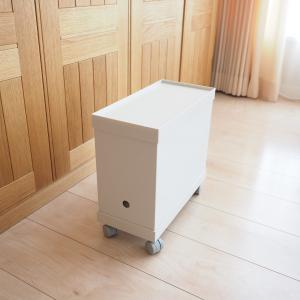 【便利】無印ファイルボックスにフタ【ダイソン掃除機のツール収納】
