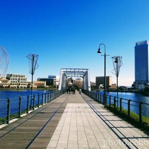 横浜 みなとみらい 汽車道 新港地区