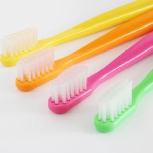 歯ブラシを1か月以上交換してない人はやばい⁉交換の目安はどのくらい?