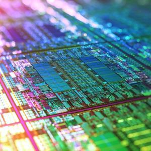 【未来キタ━(゚∀゚)━!!】IBMが世界初の2nmチップを開発したと発表
