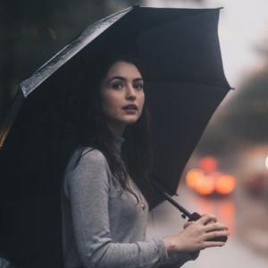 ランニングの梅雨時期の対策【雨の日でも継続する方法】