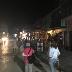 ベリーズからグアテマラのフローレスに陸路移動