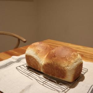 アメリカの強力粉とイースト ホームベーカリーでパン作り