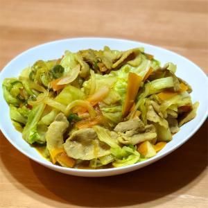 春雨と豚肉キャベツのカレー風味炒め&フルーツ