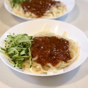 ジャージャー麺ランチ