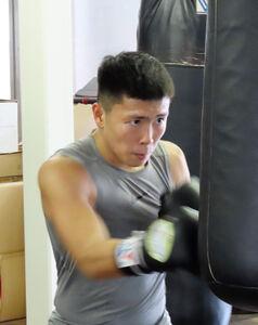 岩田翔吉が日本ライトフライ級王座決定戦