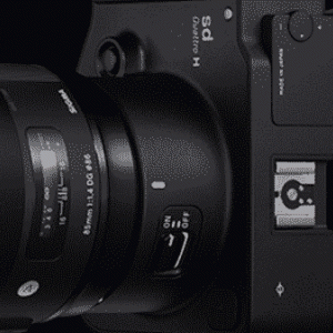 シグマレンズ 新しいデザインの85mm f / 1.4 登場?!軽いらしい…