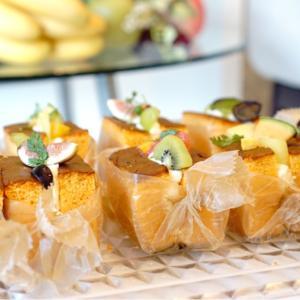 フルーツと高級食パンの共演@芦屋QUDAMO×高級食パン専門店 唐草庵