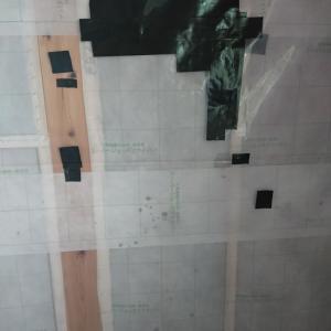 セルロースファイバーが薄い…。主寝室漆喰。