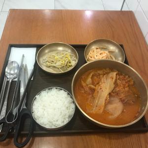 新村の激安キムチチムは韓国住んでる人全員食べてほしい。
