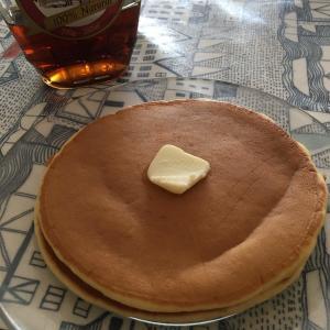 おうち時間レシピ ① ホットケーキミックスなしで作れるパンケーキ。