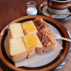 何度も通いたくなる岡本のブックカフェ。本のあるカフェ ホコト