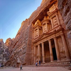 ヨルダンの旅〜①到着、そして世界遺産ペトラ遺跡へ