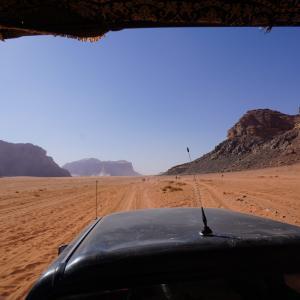 ヨルダンの旅〜②世界遺産ワディ・ラムの砂漠キャンプツアー