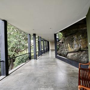 スリランカの建築家ジェフリー・バワ設計の有名リゾートホテル「ヘリタンス・カンダラマ」