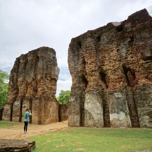 ポロンナルワの古代都市遺跡〜スリランカ、世界遺産の旅