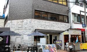 【犬と行けるお店】サミープー 大阪市中央区南船場