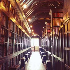 マンチェスターにあるイギリス・公立最古の図書館 Chetham's Libraryで歴史を感じよう