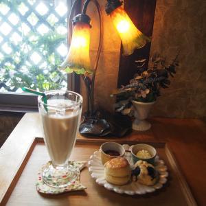【ティールームウリエル】ねこの雑貨で囲まれた癒しのカフェ【大阪】