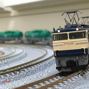 一昔前の貨物列車を楽しむ