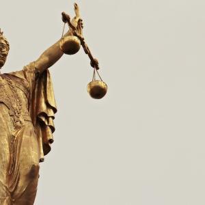 ニセカウンセラー、、、エビデンスは正義なのでしょうか?