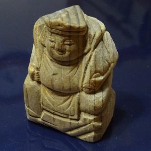一刀彫のミニチュア恵比寿さん