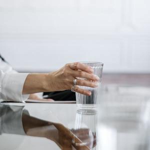 痩せたい人は「良い水」をたくさん飲もう