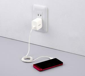 【スマホ充電中に注意】充電中に感電死!危険がある注意です「ご冥福をお祈りいたします」