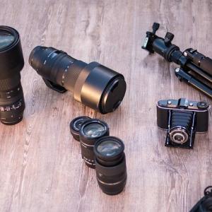 「カメラだけ」じゃない……あると役立つカメラアクセサリー。