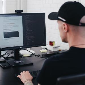 異業種の方が仕事中にプログラミングする方法【初心者におすすめ】