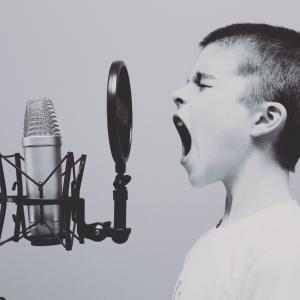 【スマホで文字入力が面倒な方】音声入力が早くて楽ですよ-