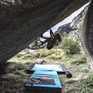 外岩であると便利なもの15選【外岩ボルダリングは道具が大事!】