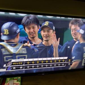 鈴木優、初勝利投手に!!