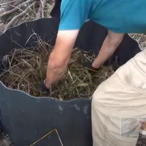 【家庭菜園】材料費は無料!雑草堆肥の作り方 米ヌカで簡単にできる雑草対策「仕込み編」【農家直伝】