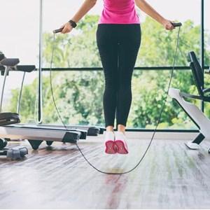 エア縄跳びで痩せる?効果や有酸素運動について徹底検証