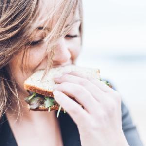 【ダイエット中の食事管理】カロリー計算なしの簡単管理で-3kg!