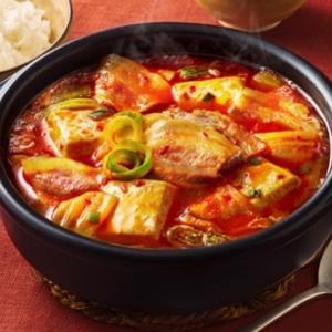 【ダイエット中のコンビニ飯】昼夜食べても-10kgできたオススメご飯