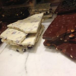 チュベ・ド・ショコラの割れチョコミックスポチっちゃいました
