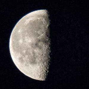 天体観測 二十日余の月