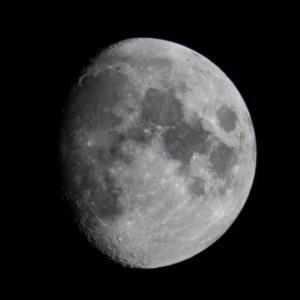天体観測 十日余の月