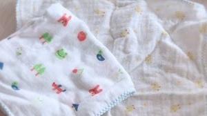赤ちゃん用ガーゼハンカチで手作りマスク