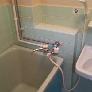 お風呂と洗面の小物をホワイト化しました!